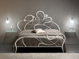 gallery/wrought-iron-bed-frames-grey-bedding-pendant-lightings-wall-sidetables mini